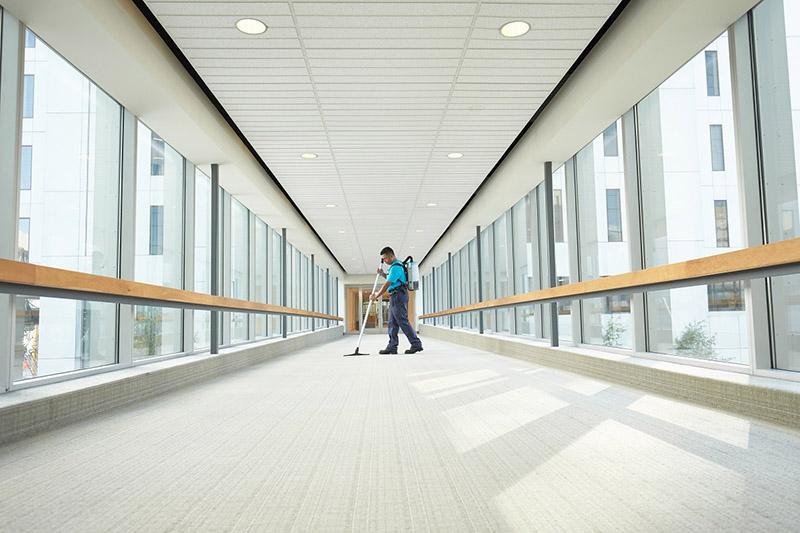 تفاوت نظافت محل کار و منزل در بخش ورودیها