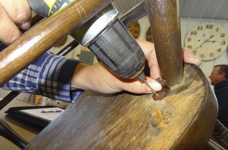 تعمیر پایه مبل