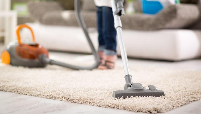 جاروبرقی کشیدن جوش شیرین روی فرش