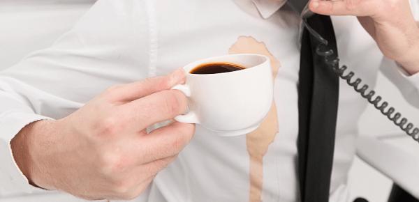 پاکسازی لکه شکلات و قهوه