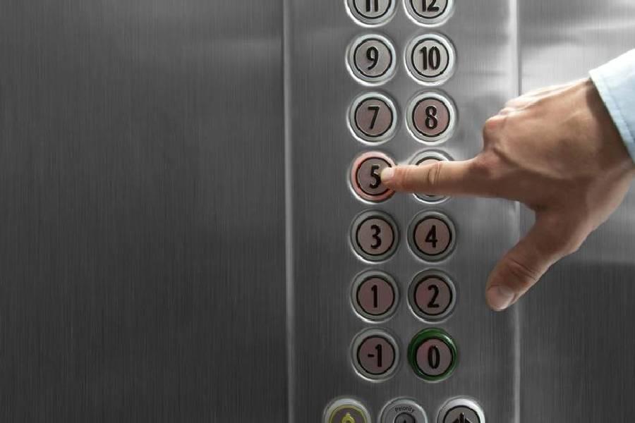 ترفندهای نظافت آسانسور