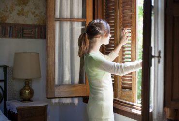 8 روش برای ازبینبردن بوی سیگار در خانه