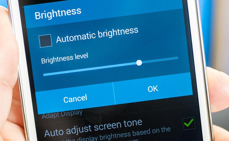میزان روشنایی صفحهنمایش را کاهش دهید