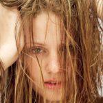 چربی موی سر ؛ از علل تا درمان