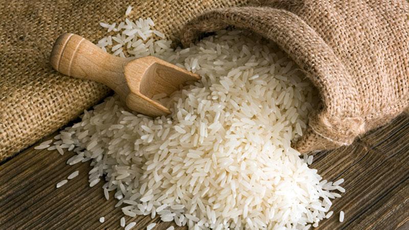 خواص آب برنج برای زیبایی پوست و مو