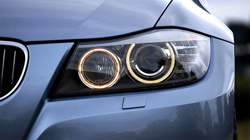 تنظیم چراغ های خودرو