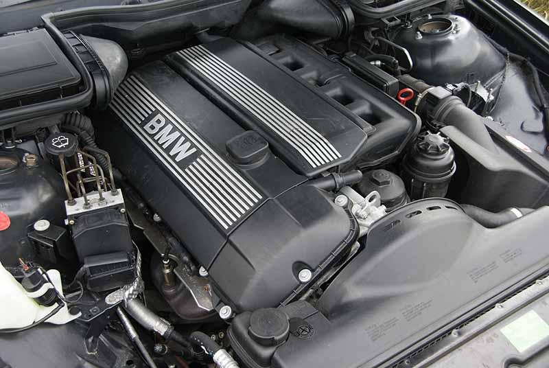 لرزش موتور خودرو