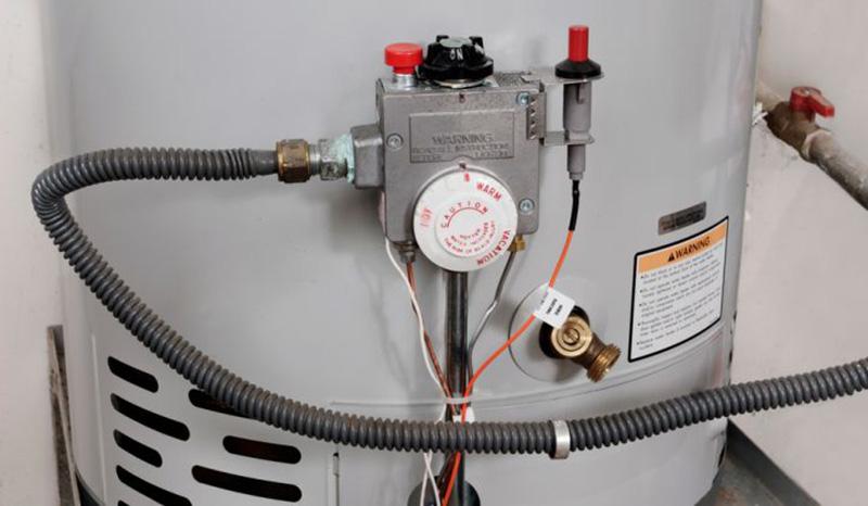 آبگرمکن چیست؟ ، آبگرمکن مخزن دار