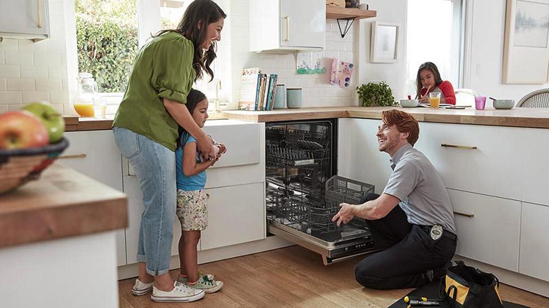 دلیل گرفتگی لوله ماشین ظرفشویی