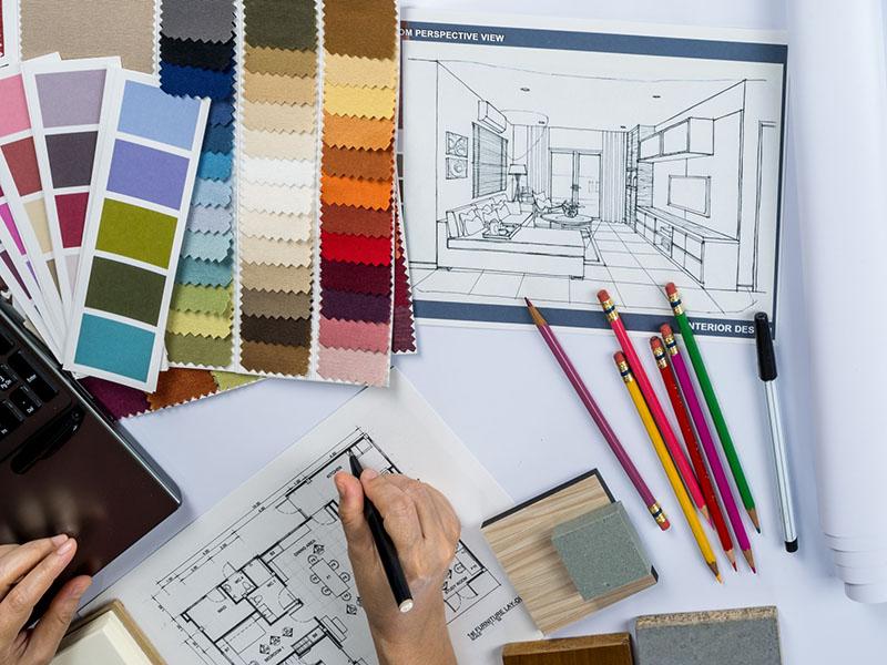طراحی داخلی یک حرفهی چند بعدی است که یک طراح باید سه مهارت هنری، فردی و سازماندهی و مدیریت را کسب کند تا بتواند به عنوان یک فرد مطرح و موفق در این حرفه شناخته شود.