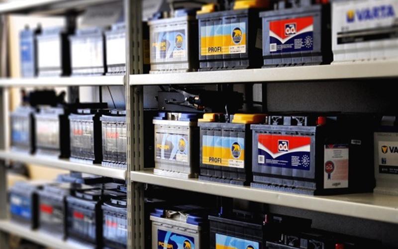 امروزه در بازار تنوع زیادی از برندهای باتری ماشین وجود دارد.