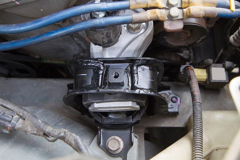 دسته موتور پراید وسیلهای برای حفظ تعادل در ماشین است