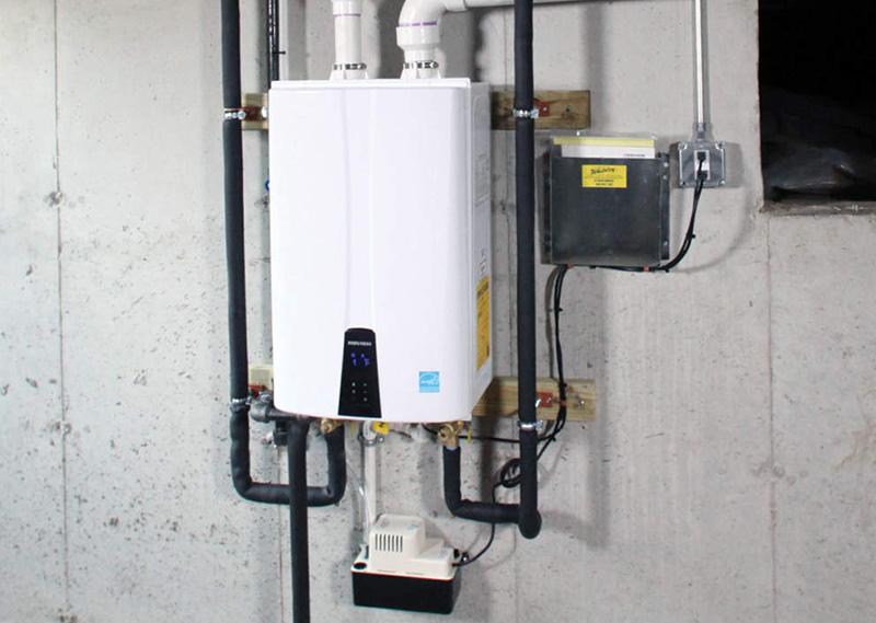خرابی کلید تنظیم دما، گیرپاژ کردن پمپ، بسته بودن و یا گرفتگی مسیر گردش آب گرمایش