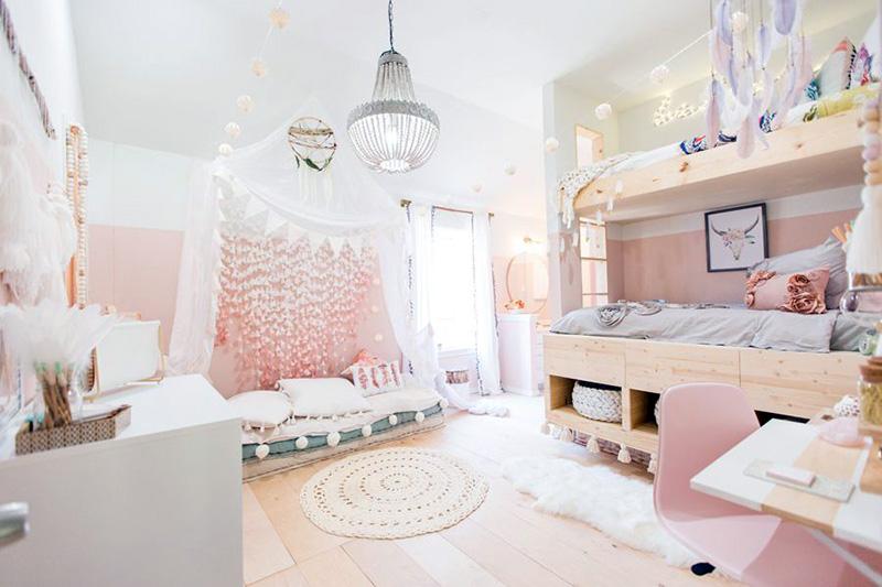 استفاده از رنگ صورتی پاستلی یکی از بهترین رنگها برای رنگآمیزی اتاق کودک دختر شما است.