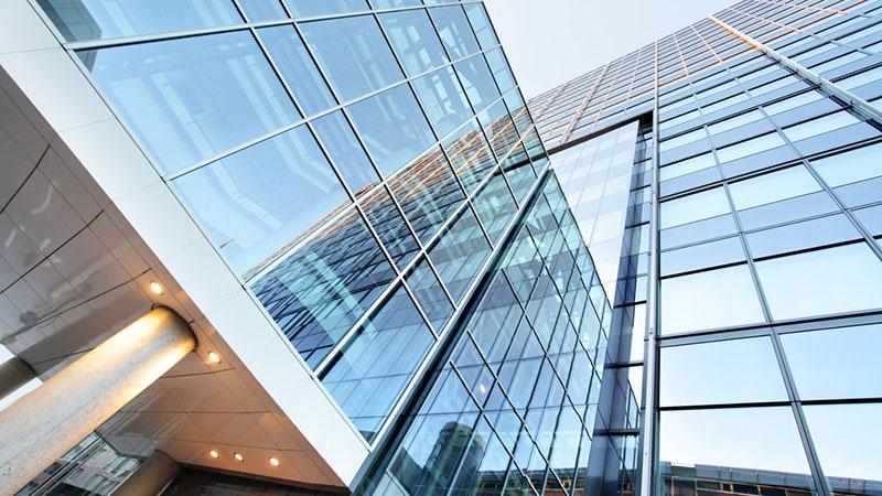 انواع نمای شیشه ای ساختمان