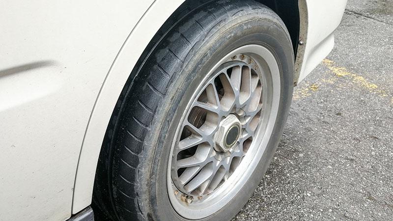 علت لاستیک سایی خودرو چیست؟