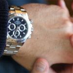 ترفند تمیز کردن ساعت