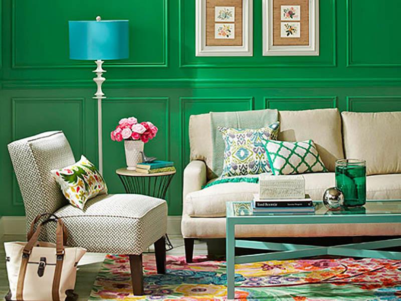 به کار بردن رنگ سنگها و جواهرات برای دیوار و لوازم منزل میتواند حسی سرشار از لوکس بودن را به محیط ببخشد و نمای خانه شما را به شدت چشمگیر و زیبا کند.