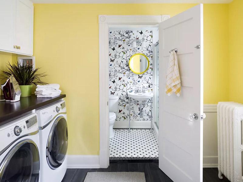 امسال از جدیدترین ایده های دکوراسیون داخلی این است که طرحها و رنگها را به دیوارهای خانه دعوت کنید.