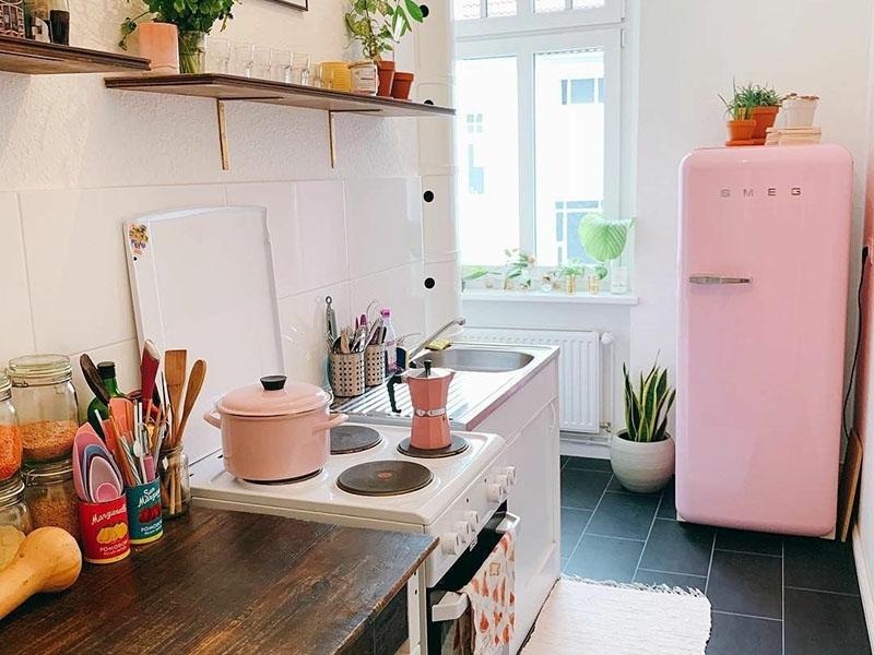 امسال استفاده از رنگهای انرژیبخش بیشتر از هر چیزی در آشپزخانهها و جدیدترین ایده های دکوراسیون داخلی دیده میشود.