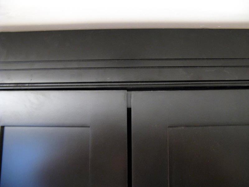 مراحل تراز کردن و تعویض درب کابینت آشپزخانه
