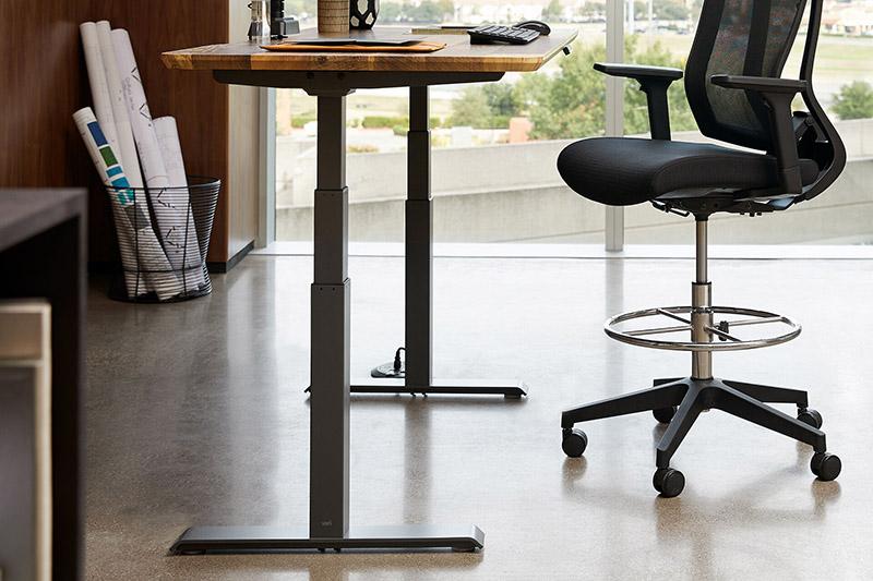 زمان مناسب برای تعویض مبلمان اداری و میز کار
