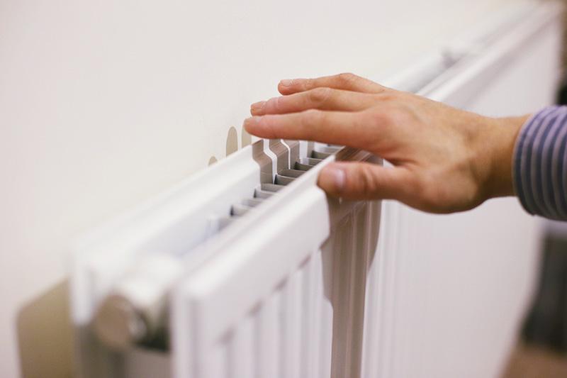 علت هوا گرفتن رادیاتور شوفاژ چیست؟